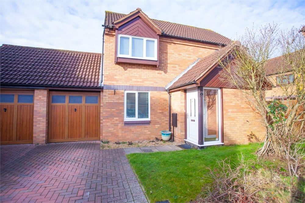 3 Bedrooms Detached House for sale in Blakelands, Milton Keynes, Buckinghamshire