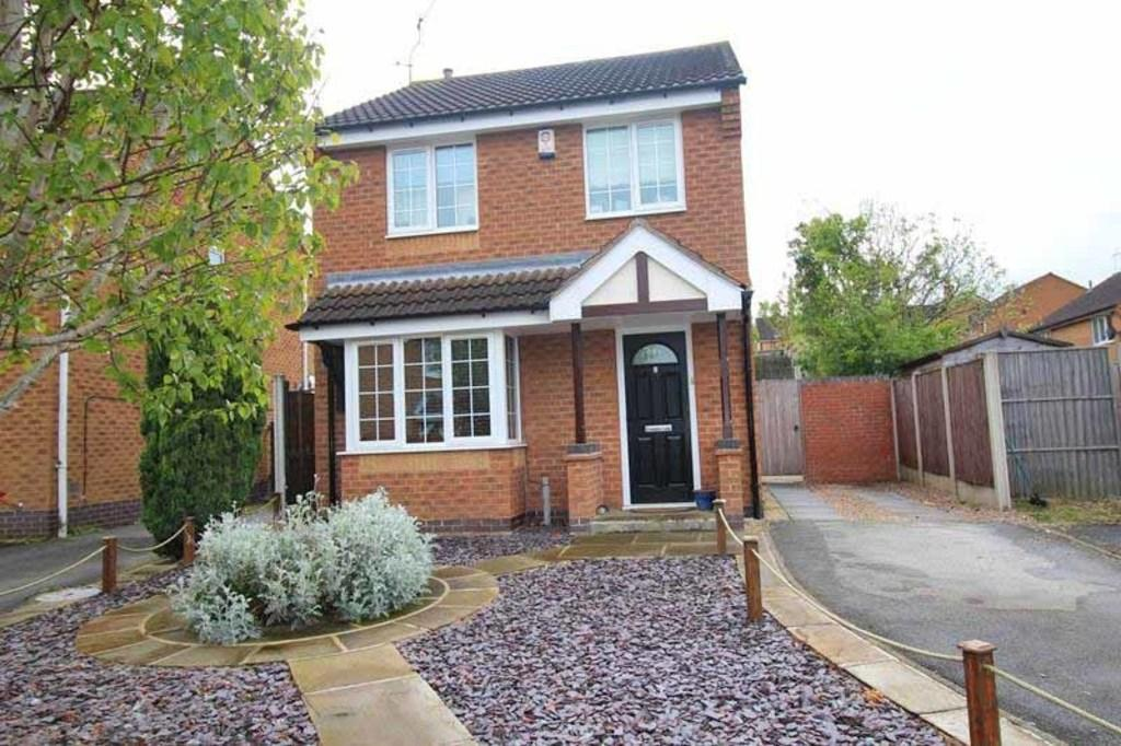 2 Bedrooms Detached House for sale in 2 Eastwood Court, Worksop