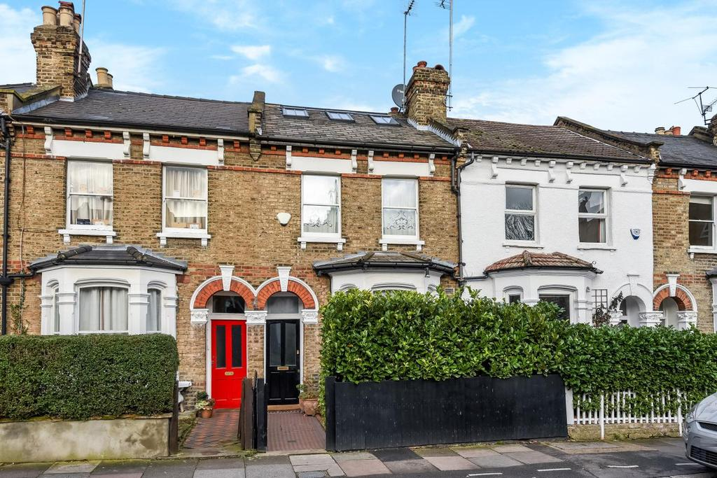 4 Bedrooms Terraced House for sale in Lynton Road, Crouch End, N8