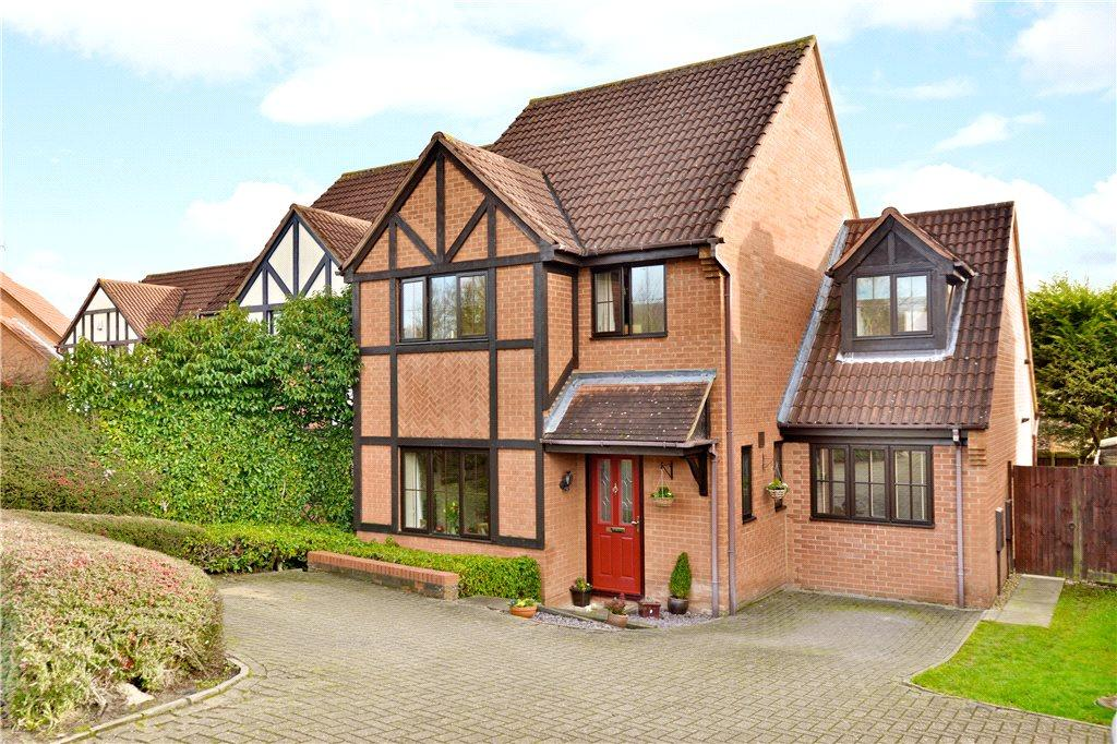 4 Bedrooms Detached House for sale in Chipping Vale, Emerson Valley, Milton Keynes, Buckinghamshire