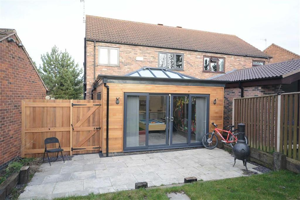 3 Bedrooms Semi Detached House for sale in Saltby Green, West Bridgford