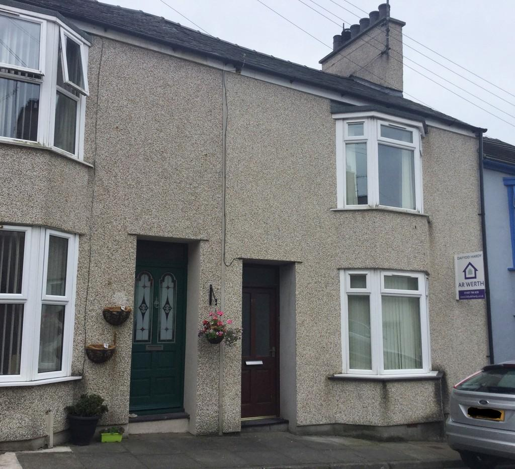 3 Bedrooms Terraced House for sale in Lligwy Street, Holyhead, North Wales