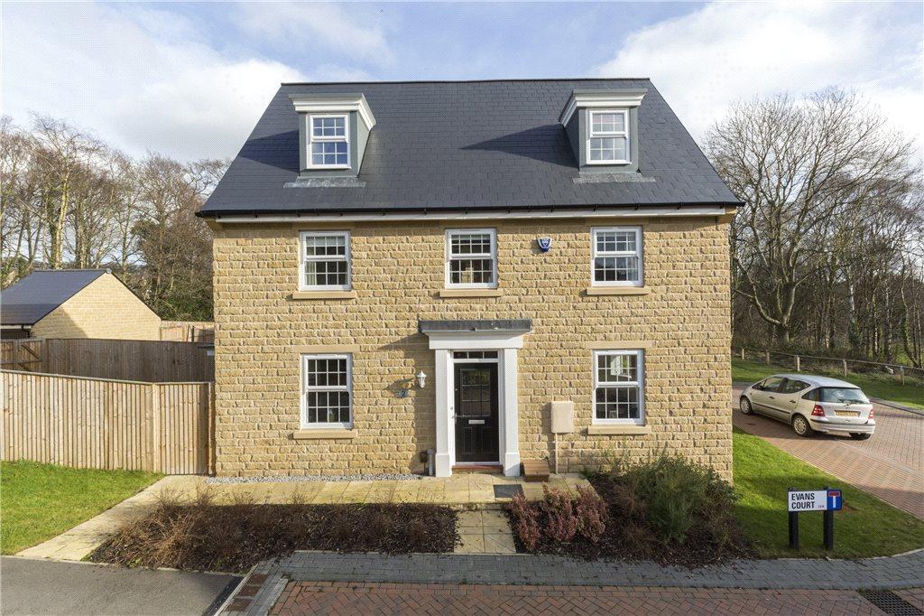 5 Bedrooms Detached House for sale in Evans Court, Leeds, West Yorkshire