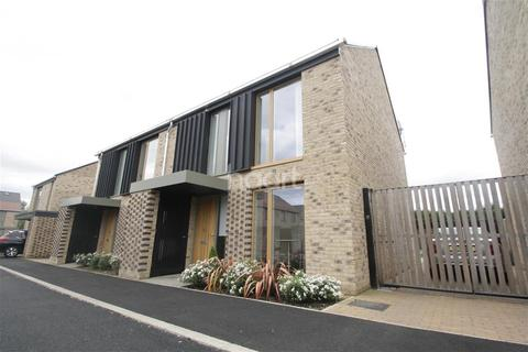 3 bedroom detached house to rent - Austin Drive