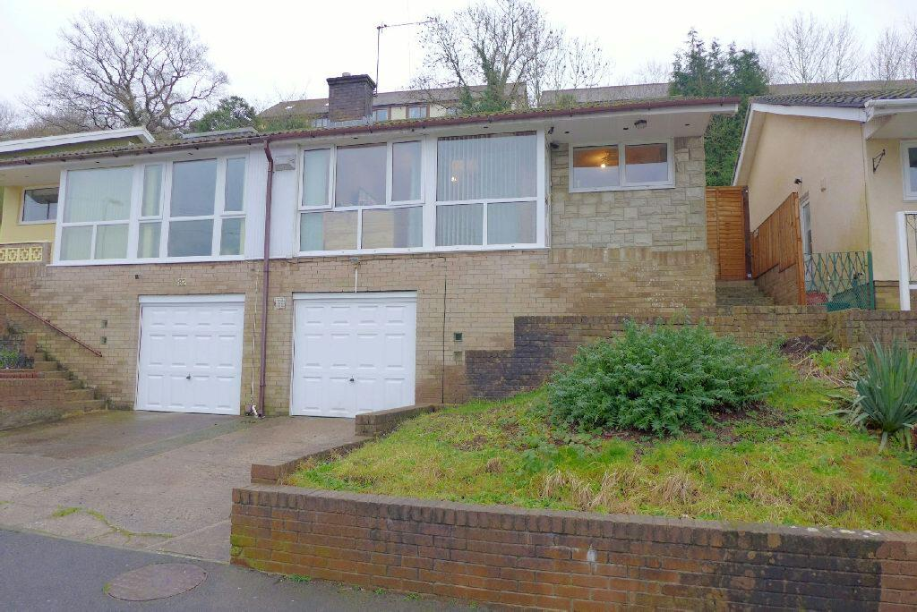 2 Bedrooms Semi Detached House for sale in East Grove Road, Newport