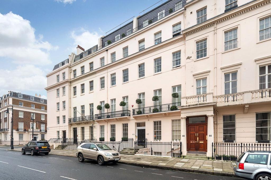1 Bedroom Flat for sale in Eaton Place, Belgravia, London