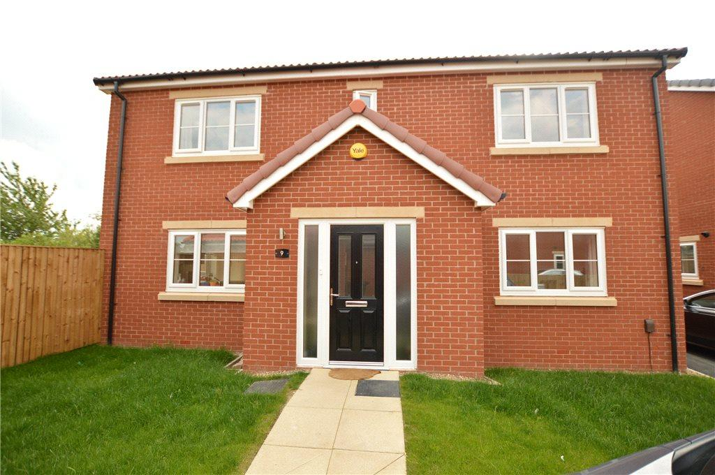 4 Bedrooms Detached House for sale in Plot 14 - The Harewood, Misty Meadows, Daisy Hill, Morley