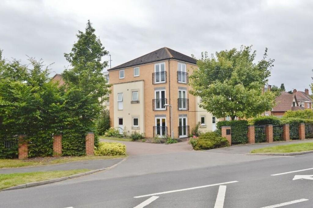 2 Bedrooms Apartment Flat for sale in Wolseley Road, Rugeley