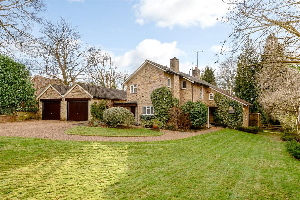 5 Bedrooms Detached House for sale in Ellis Avenue, Chalfont St. Peter, Gerrards Cross, Buckinghamshire