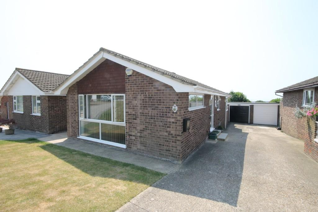 2 Bedrooms Detached Bungalow for sale in Slonk Hill Road, Shoreham-by-Sea