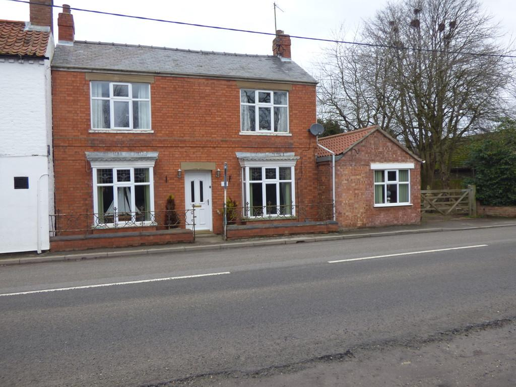 4 Bedrooms Detached House for sale in Town Drove, Quadring
