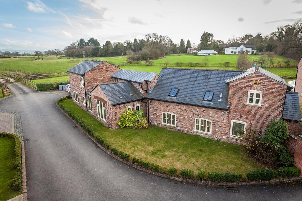 4 Bedrooms Barn Conversion Character Property for sale in Varden Hayloft Adlington Road, Wilmslow