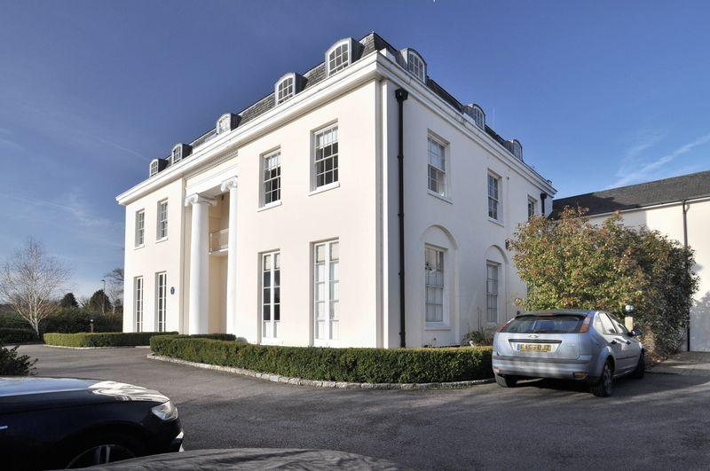 2 Bedrooms Apartment Flat for sale in Calvert Drive, Bexley Park
