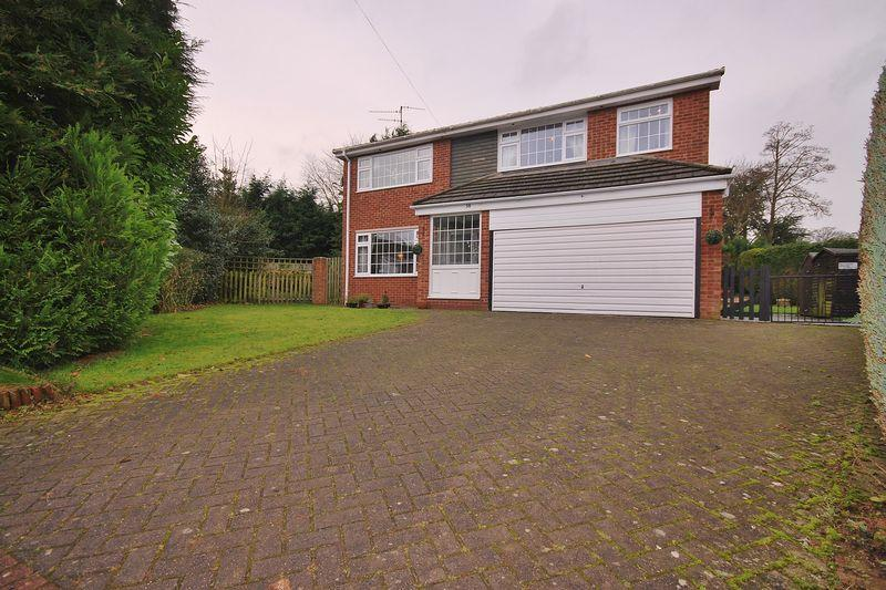 4 Bedrooms Detached House for sale in Wheatlands Drive, Beverley