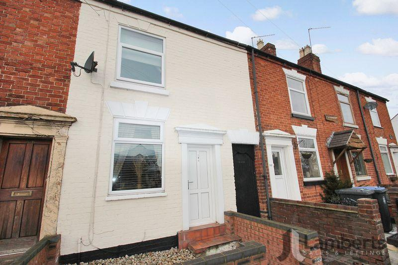 3 Bedrooms Terraced House for sale in Alcester Road, Studley