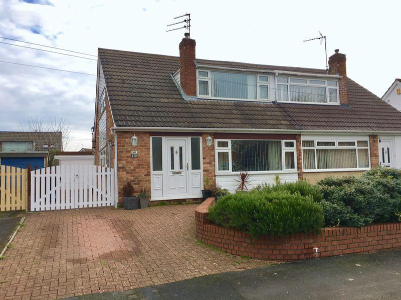3 Bedrooms House for sale in Green Lane, Great Sutton