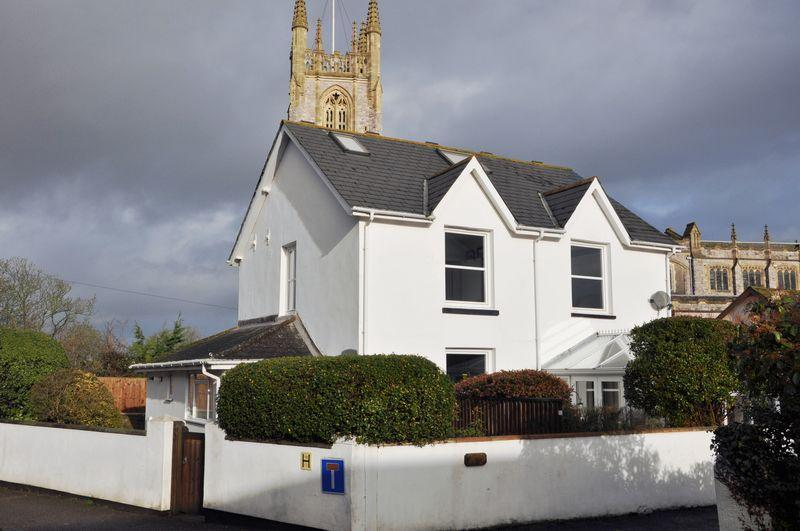 4 Bedrooms Detached House for sale in Beacon Place, Exmouth
