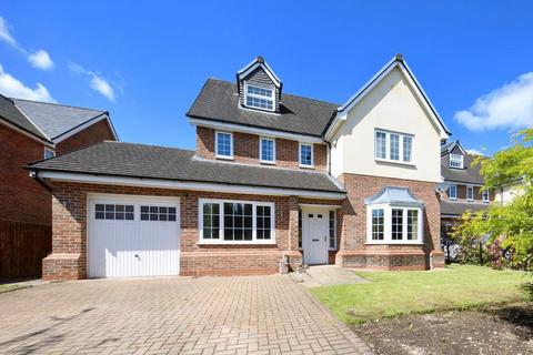 5 bedroom detached house for sale - Clubhouse Close, Bamford, Rochdale
