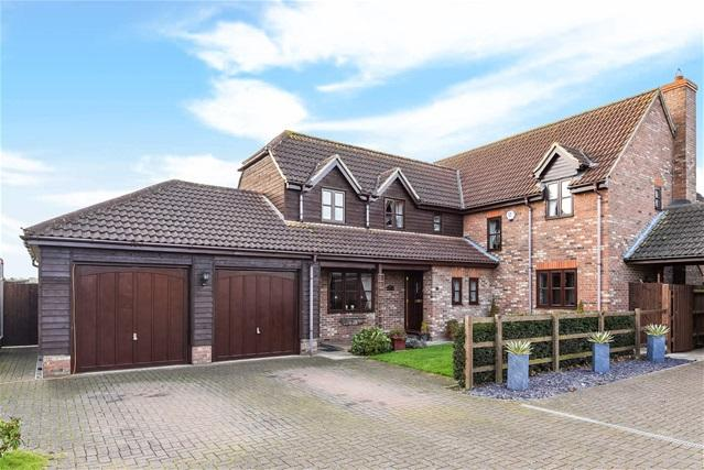 5 Bedrooms Detached House for sale in Bedford Road, Wilington