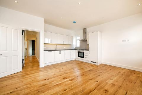 3 bedroom maisonette to rent - Bollo Bridge Road, London, W3