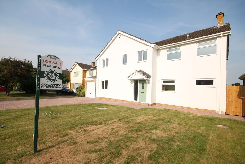 5 Bedrooms Detached House for sale in The Woodlands, Broom, SG18