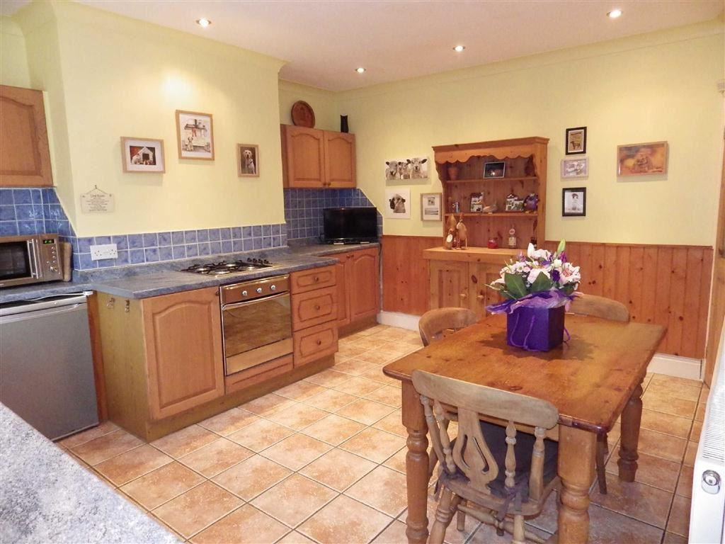2 Bedrooms Terraced House for sale in Burnley Road East, Whitewell Bottom, Rossendale, Lancashire, BB4