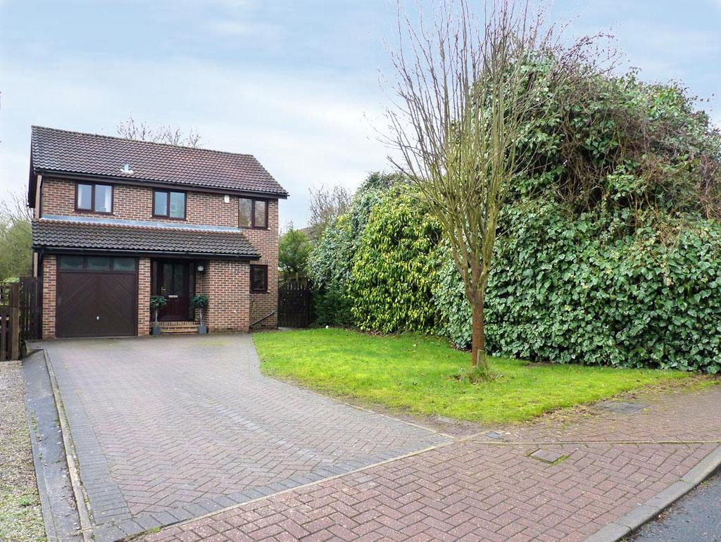 4 Bedrooms Detached House for sale in Arthurs Grove, Harrogate