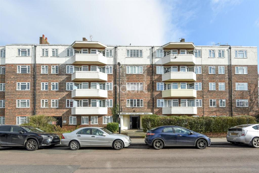 1 Bedroom Flat for sale in Thornton Heath, CR7 6HT