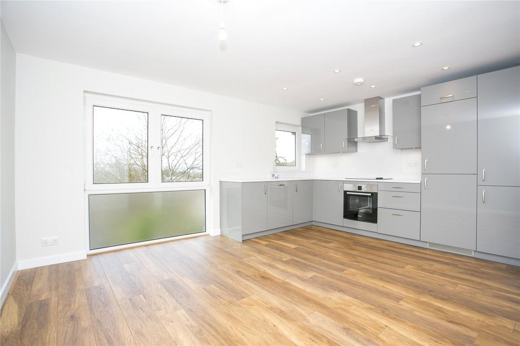 1 Bedroom Flat for sale in Kennedy Gardens, Sevenoaks, Kent