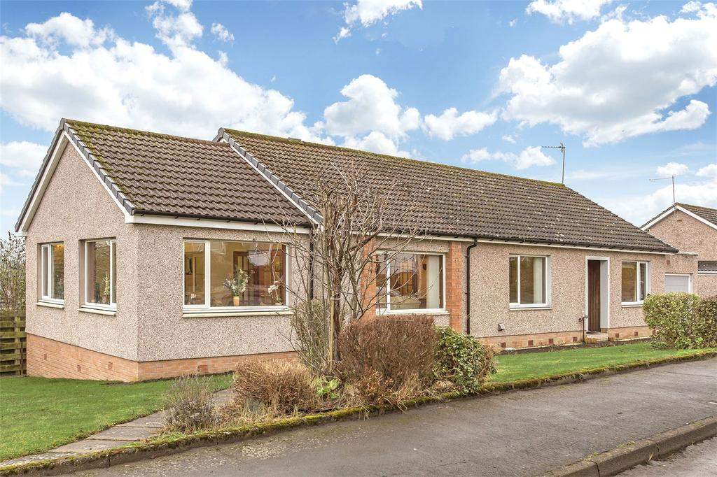 3 Bedrooms Detached Bungalow for sale in 1 Spoutwells Avenue, Scone, Perth, PH2