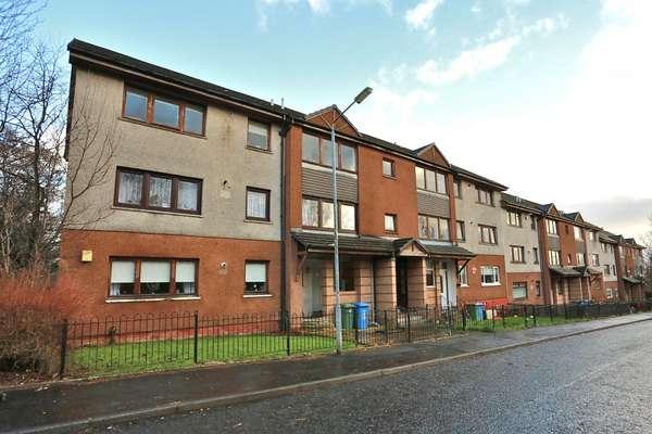3 Bedrooms Flat for sale in 2/1, 16 Sandaig Road, Glasgow, G33 4TG
