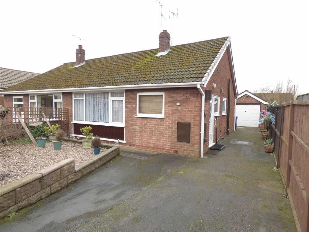 2 Bedrooms Semi Detached Bungalow for sale in 12, Shelsley Road, Cheadle