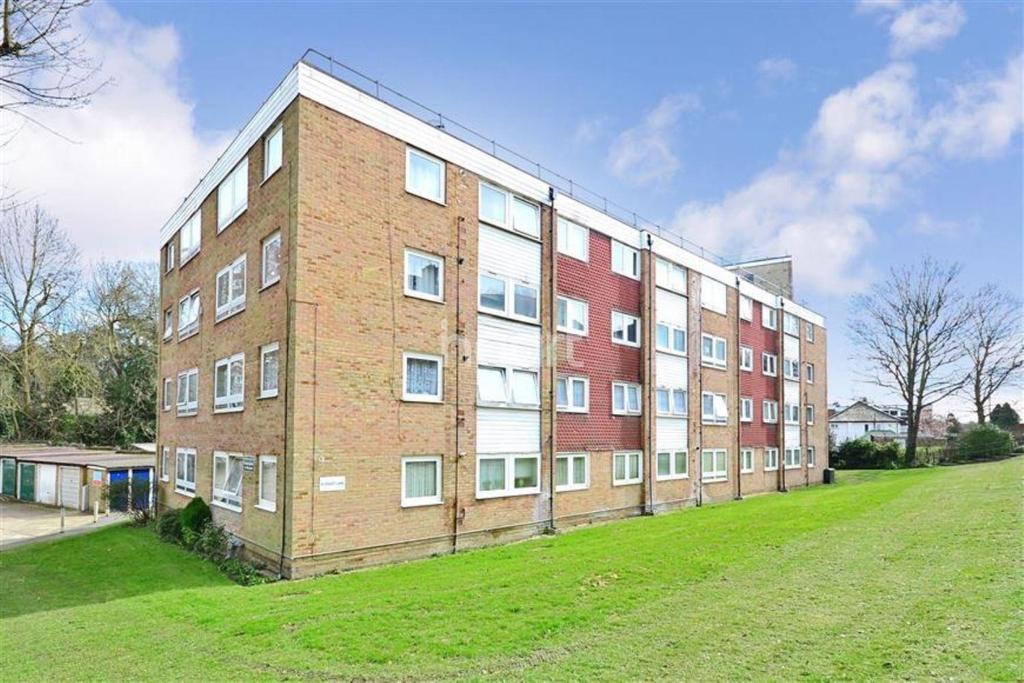 2 Bedrooms Flat for sale in Violet Lane, Croydon, CR0