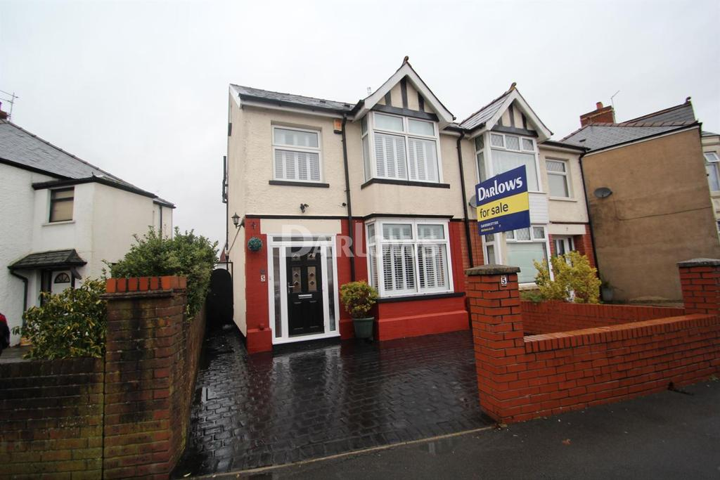 4 Bedrooms Semi Detached House for sale in Fairwater Gove East , Llandaff , Cardiff