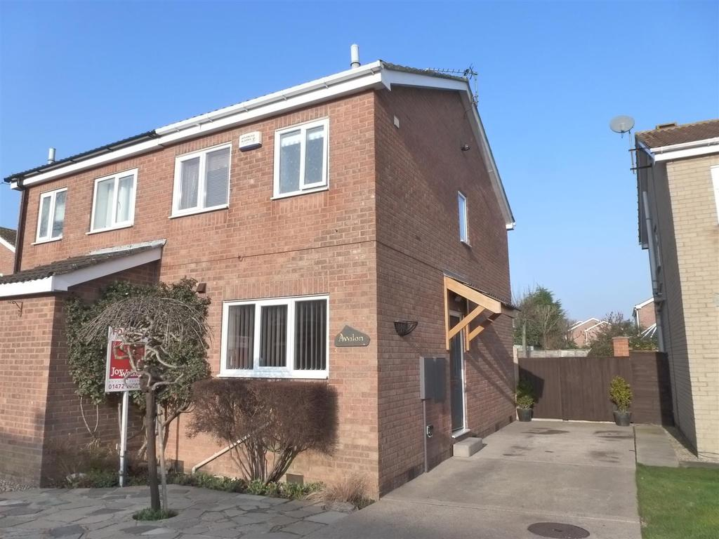 2 Bedrooms Semi Detached House for sale in Alvingham Avenue, Cleethorpes