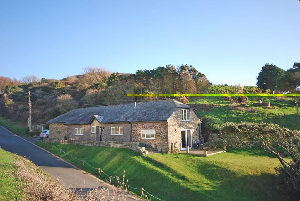 3 Bedrooms Detached House for sale in Portwrinkle,Cornwall, PL11