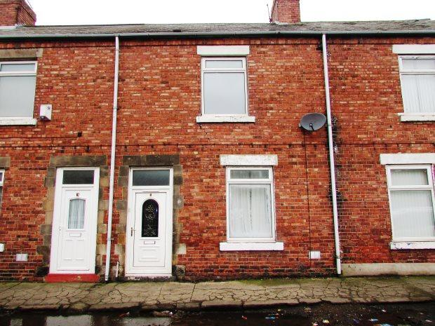 2 Bedrooms Terraced House for sale in BLUMER STREET, FENCEHOUSES, SEAHAM DISTRICT