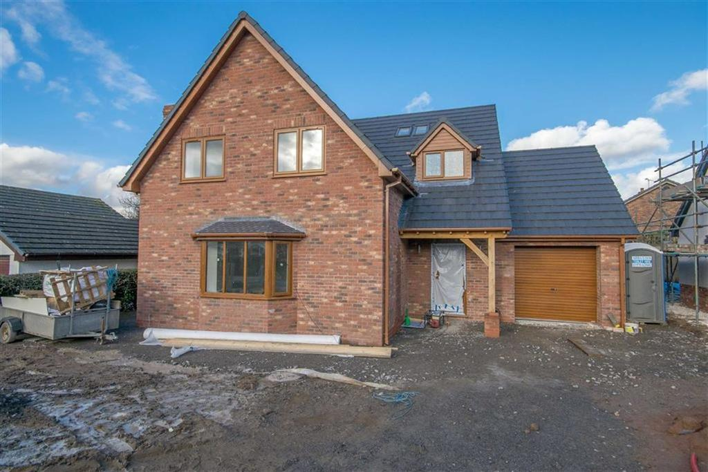 4 Bedrooms Detached House for sale in Red Road, Buckley, Buckley