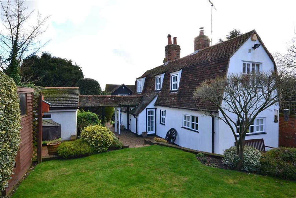 2 Bedrooms Cottage House for sale in Maldon Road, Danbury, Essex