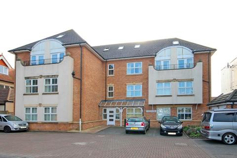 3 bedroom apartment for sale - Belle Vue Road, Southbourne, Bournemouth