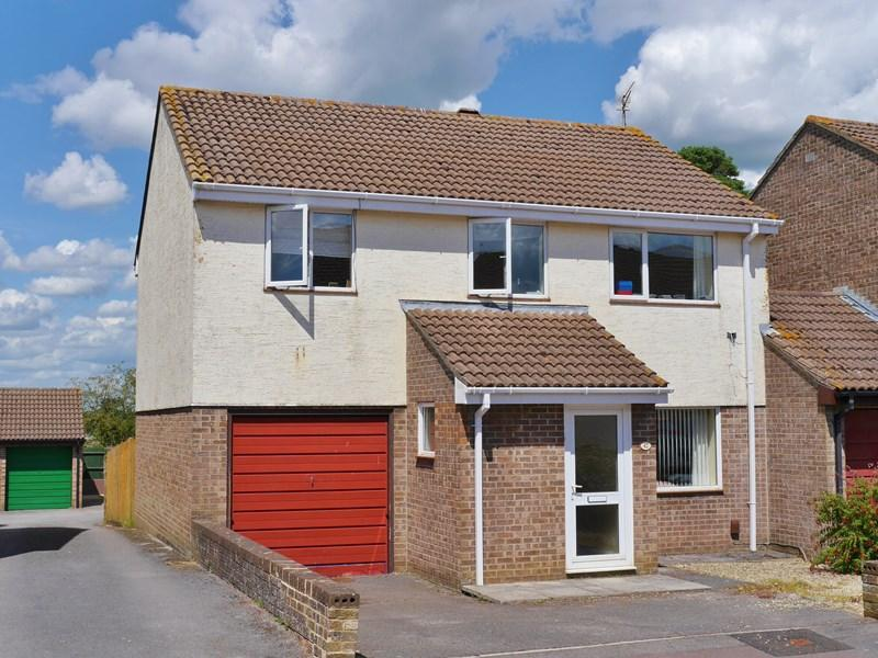 4 Bedrooms Link Detached House for sale in Nunney Close, Keynsham, Bristol