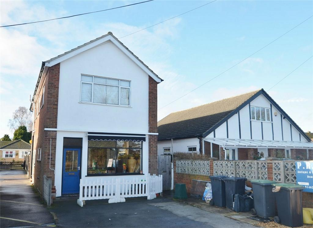 2 Bedrooms Detached House for sale in Bedford Road, Lower Stondon, HENLOW, Bedfordshire