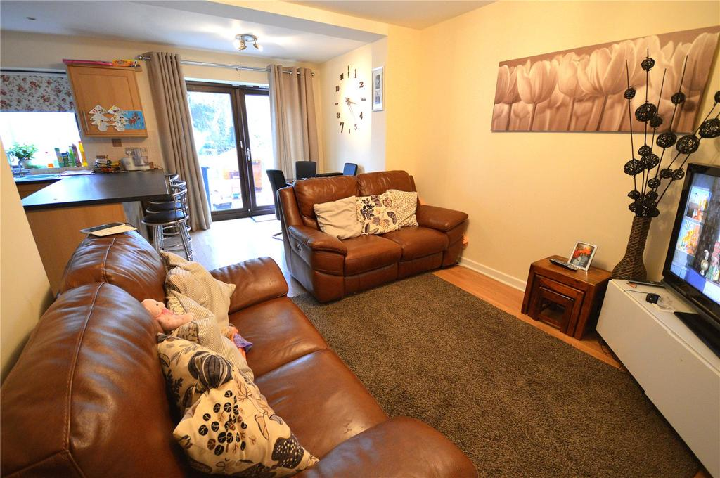 3 Bedrooms Semi Detached House for sale in Three Arches Avenue, Heath, Cardiff, CF14