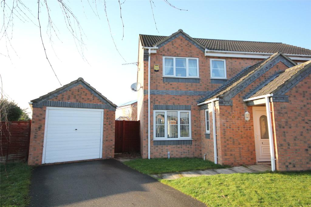 3 Bedrooms Semi Detached House for sale in Meadowbrook, Ruskington, NG34