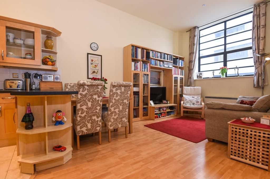 2 Bedrooms Flat for sale in Vanbrugh Hill Greenwich SE10