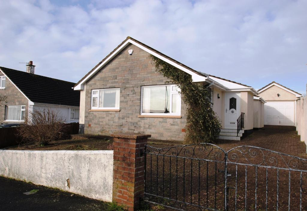 2 Bedrooms Bungalow for sale in Anne Crescent, Barnstaple