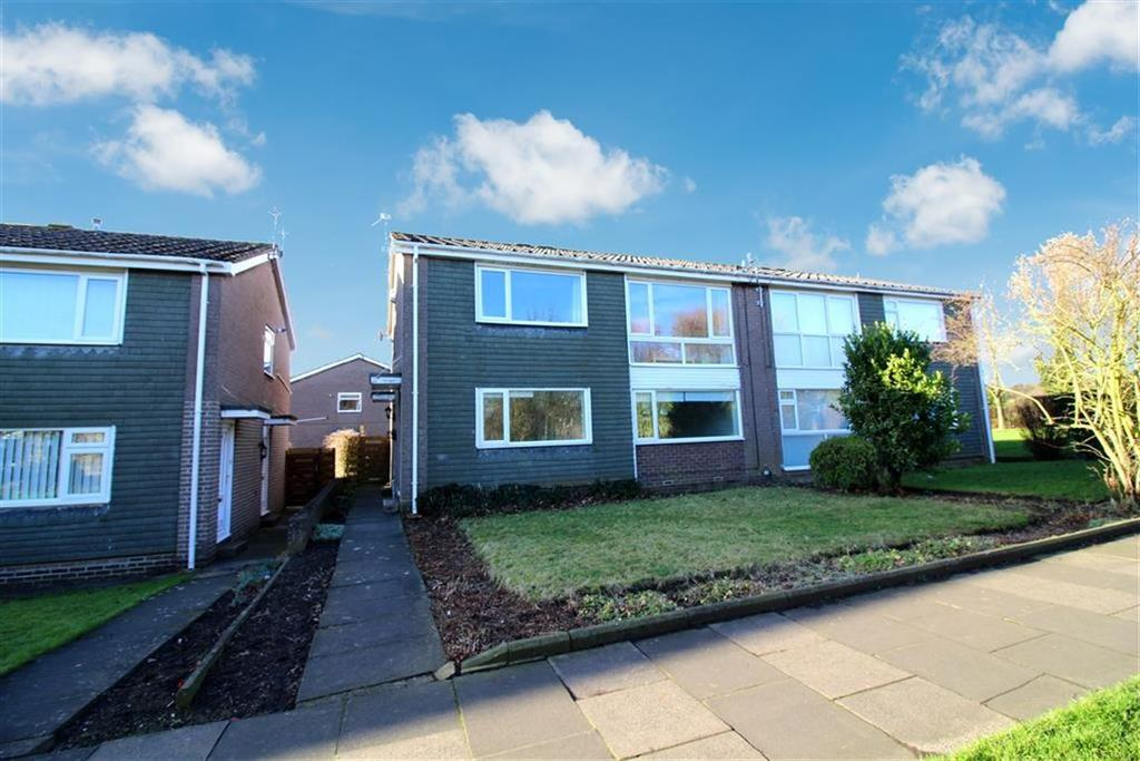 2 Bedrooms Flat for sale in Gresham Close, Cramlington, Northumberland