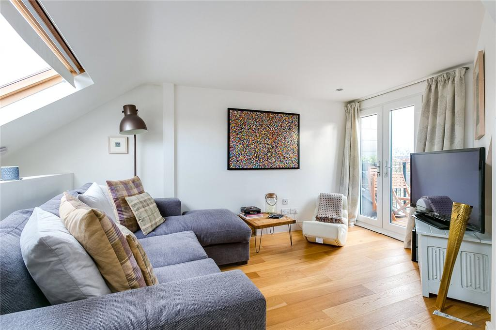 3 Bedrooms Flat for sale in The Broadway, Barnes, London
