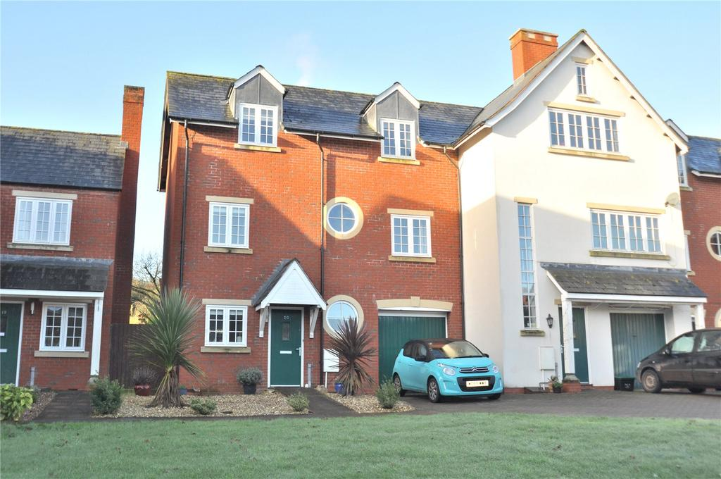 4 Bedrooms House for sale in Heyridge Meadow, Cullompton, Devon, EX15