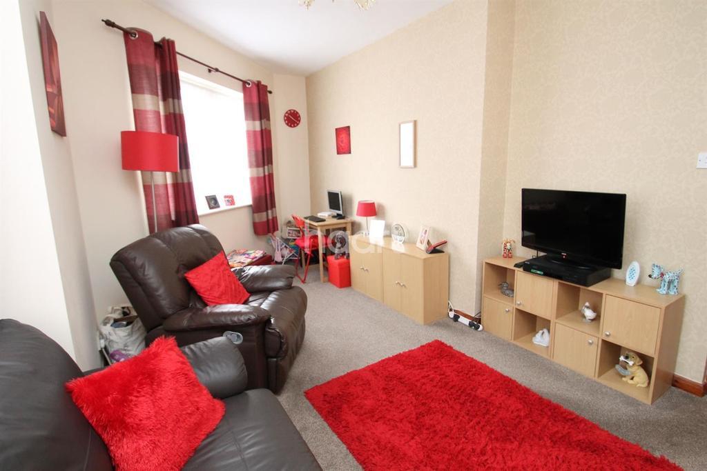1 Bedroom Flat for sale in Ashton Drive, Ashton Vale